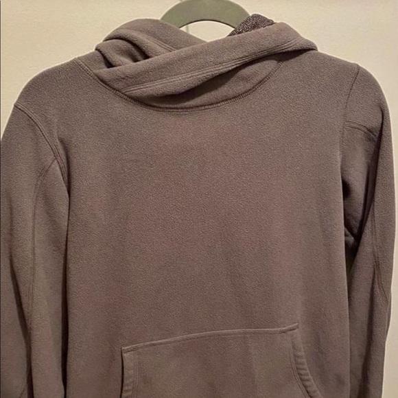 Sz 6 Lululemon fleece pullover